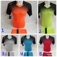 Setelan olahraga jersey bola baju futsal kaos volly NIKE 31