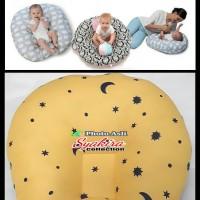 sofa Bayi motif bulan kuning