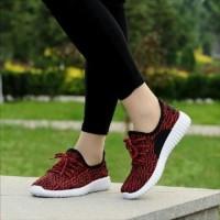 Sepatu Wanita Kets Sneakers Casual Merah SDS185