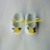 Sepatu Bayi Merah Flanel S13