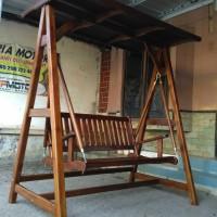 kursi ayunan taman kayu jati berkualiatas dan banyak promo
