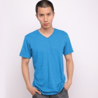 Muscle Fit Kaos Polos V-Neck Lengan Pendek Cotton-Misty color