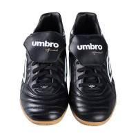 D- Umbro Speciali Eternal Premier Ic 81220U-DJU Sepatu Futsal - Black