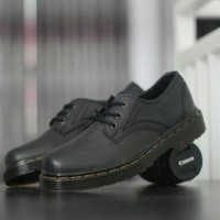Sepatu Docmart Pria Dr Martens Low Boots Pantofel Formal Hitam