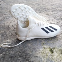 sepatu futsal Adidas x 18.3 original Made in Indonesia