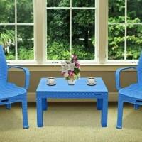 1set kursi teras plastik warna biru merk Napoly