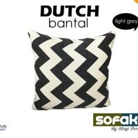 Dutch - Kings Bantal Sofa Uk. 40 x 40 cm (Zig Zag Motif)