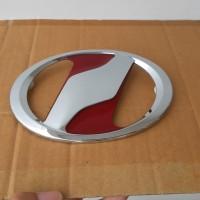 Emblem Grill Depan Mobil ukuran 13cm Logo Vitz Alphard Merah Crome(DD)