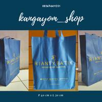 custom totebag / Goodie bag sablon nama / tas promosi / spunbond tebal