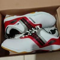 Sepatu Badminton New Era