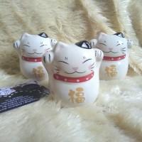 Maneki neko two hand raised kucing rejeki lucky fortune cat
