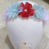 HERA flower crown with NYLON USA