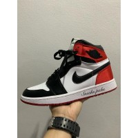 Nike Air Jordan 1 Retro High OG Satin Black toe