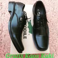Sepatu Pantofel Pria Crocodile Pantofel Tali Formal Kulit Swedia Hitam