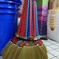 Sapu Lantai / Sapu Ijuk / Sekam Rumput Padi Rayung Lokal gagang Kayu