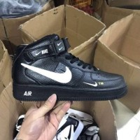 Sepatu Sneakers Nike Air Force 1 High Utility Lv8 Black White