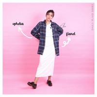 Alia Basic Plaid Shirt. kemeja flanel kotak wanita