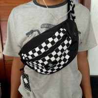 Tas waist bag Distro Noise bag
