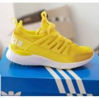 Sepatu sneaker New Adidas Tubular warna Kuning