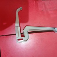 Gantungan Talang PVC Lokal 4 inch