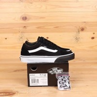 Vans Oldskool x Distortion Black White