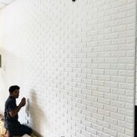 Pemasangan Wallpaper foam