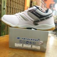sepatu new era badminton 2