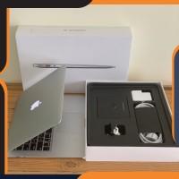 Terlaris MacBook Air 13 2017 i5-8GB-256GB-MQD42 Keren