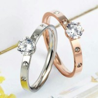Cincin Titanium Steel Wanita Solitaire-4 Diamond Size 6-10 - Rose Gold, 6