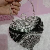 clutch pesta diamond love
