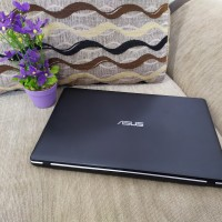 Laptop Asus X550Z amd Quad core Fx 7600p up to 3,6ghz Ram 4gb Hdd 1tb