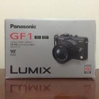 Panasonic Lumix GF1 lensa 14 - 45 mm Mulus Fullset Original Garansi
