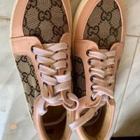 sepatu sneaker gucci preloved