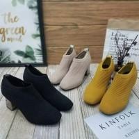 Ankle Boots Wanita Fashion Shoes kerja Import
