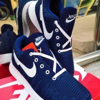 sepatu running - Biru Navi