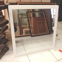 Cermin Dinding / Cermin Hias / Cermin Gantung Ukuran 55 x 55 cm
