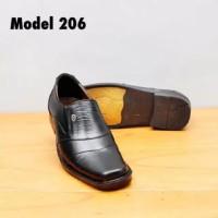 sepatu pantofel kulit