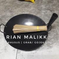 wajan nasi goreng bahan plat baja diameter 45 cm + sapunya