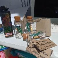 Souvenir pernikahan benih / bibit tanaman / gantungan kunci botol unik