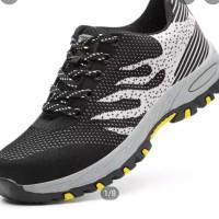 Sepatu Fashion Safety Sneaker Anti Smashing Anti-Piercing Pria - Abu-a - Motif Dua, 42