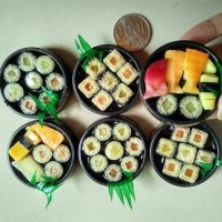 Tempelan Magnet Kulkas Bentuk Replika Makanan Sushi Jepang - Souvenir
