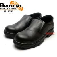 Sepatu Safety Pria Slip on Warna Hitam 02