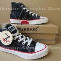 Sepatu Sekolah - Warrior Classic HC - Black-White