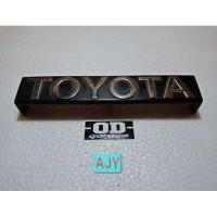 Emblem Grill Toyota Corolla KE70 DX 82 83 Ori 2nd