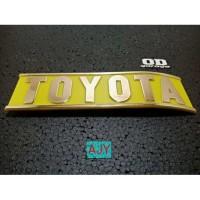 Emblem Pinggul Belakang Model Lengkung Toyota Hardtop 2F Land Cruiser