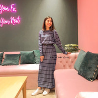 Long Dress Knit Stiped
