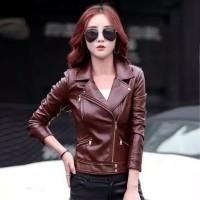 jaket kulit wanita modis terbaru trend 2019