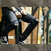 Knee Ripped jeans-celana sobek sobek Pria - Hitam, M