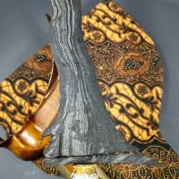 Keris Santan Luk 11 Pamor Banyu Mili Tangguh Pajajaran Sepuh Kuno