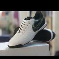 sepatu futsal nike tempo murah berkualitas